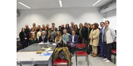 Fotografia do grupo de formandos (Porto) com representantes do Ministério da Educação, Presidente do SJ e formadores